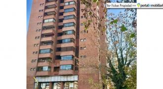 La Castellana Norte / Av. Apoquindo, Metro Escuela Militar, Las Condes